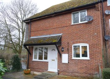 Thumbnail 2 bed flat to rent in Cleveland Grove, Northcroft Park, Newbury, Berkshire