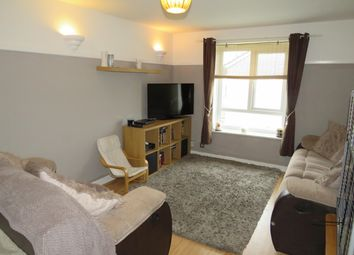 Thumbnail 2 bedroom flat to rent in Nayland Drive, Clacton-On-Sea