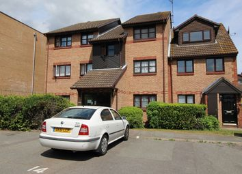 Thumbnail 1 bed flat to rent in Kenwyn Road, Dartford