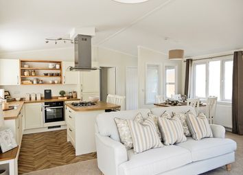 Thumbnail 3 bedroom mobile/park home for sale in Prestige Burleigh Lodge, Limefitt Holiday Park, Windermere