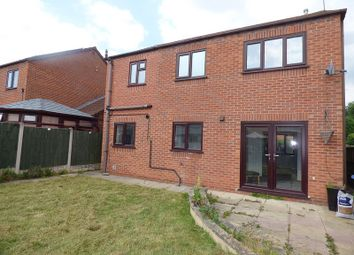 Thumbnail 5 bed detached house to rent in Pavilion Road, Littleover, Derby