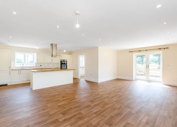 Thumbnail 5 bed bungalow to rent in Barnet Gate Lane, Arkley