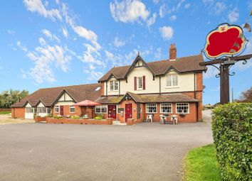 Thumbnail Pub/bar for sale in Main Road, Covenham St Bartholomew