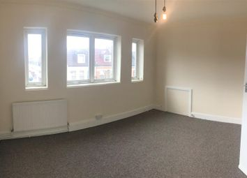 1 bed flat to rent in Mitcham Road, Tooting SW17