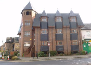 Thumbnail 1 bedroom flat to rent in Victoria Court, Queens Road, Watford, Hertfordshire