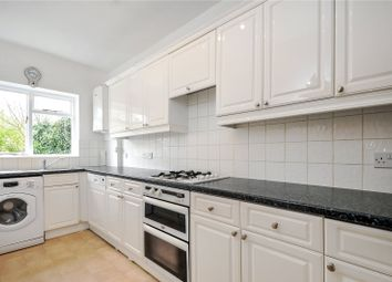 2 bed maisonette to rent in Manor Court, 15-17 Castle Crescent, Reading, Berkshire RG1