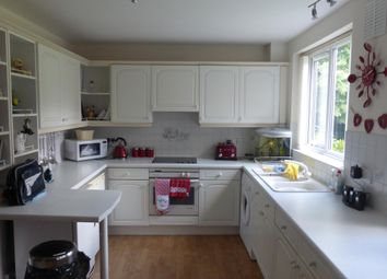 Thumbnail 2 bed flat to rent in Abnalls Croft, Lichfield