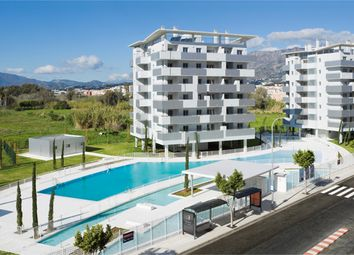 Thumbnail 2 bed apartment for sale in Fuengirola, Málaga, Spain