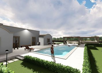 Thumbnail 4 bed villa for sale in Contrada Cavallerizza, Brindisi, Puglia, Italy