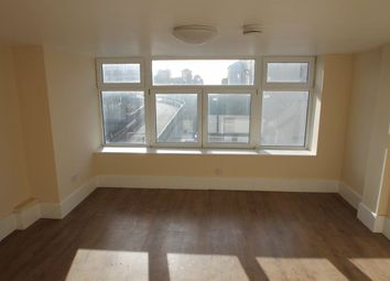 Thumbnail Studio to rent in Clarence Square, Brighton