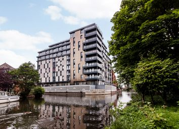 Thumbnail 2 bed flat for sale in Kennet House, 80 Kings Road, Reading