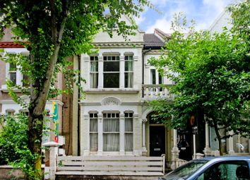 Thumbnail 2 bed flat to rent in Altenburg Gardens, Clapham Common North Side, London