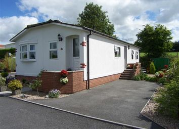 Thumbnail 2 bed mobile/park home for sale in Carmarthen Road, Kilgetty