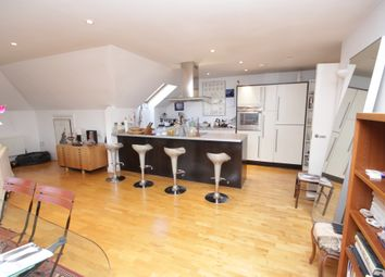 2 bed flat for sale in Crown Lane, Maidenhead SL6