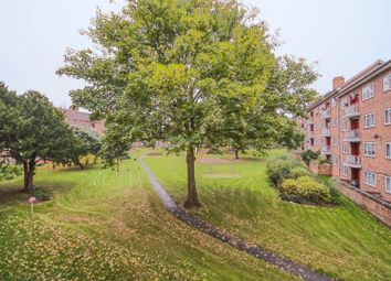 Thumbnail 2 bed flat for sale in Lakeview Road, London