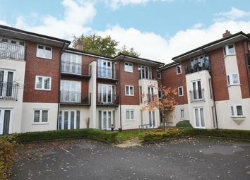2 bed flat for sale in The Grange, Haslucks Green Road, Shirley B90