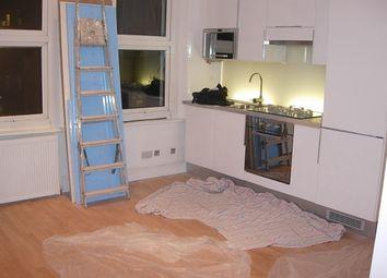 Thumbnail 1 bed flat to rent in Farringdon Road, Farringdon/Clerkenwell, London