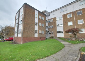 2 bed property for sale in Maplin Close, London N21