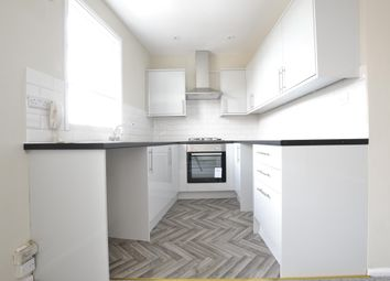 Thumbnail Flat to rent in 2nd Floor Flat, Worcester Street, Gloucester