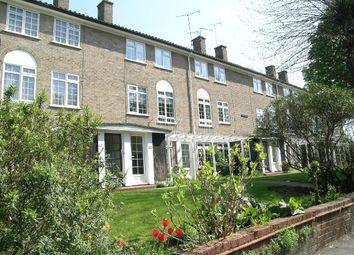 Thumbnail 2 bedroom flat to rent in Glenbuck Road, Surbiton