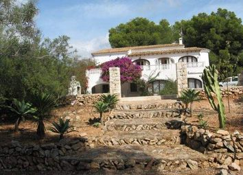 Thumbnail 6 bed villa for sale in Calpe, Alicante, Spain