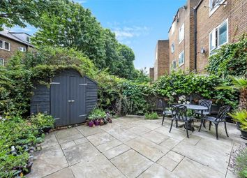 Thumbnail 3 bed flat for sale in Navenby Walk, London