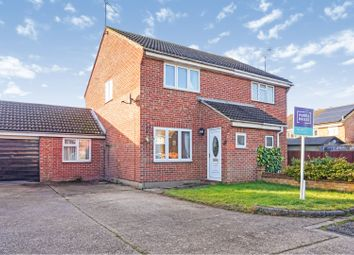 Thumbnail 2 bedroom semi-detached house to rent in Tillingham Way, Rayleigh