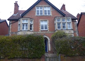 2 bed flat to rent in St Andrews Road, Henley On Thames RG9