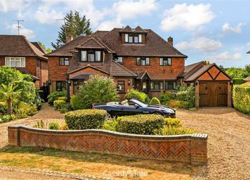 Thumbnail 6 bed detached house for sale in Fallows Green, Harpenden, Hertfordshire