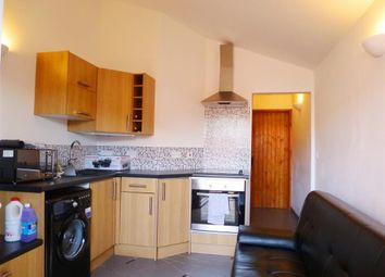 Thumbnail 1 bedroom flat to rent in Southwood Grove, Taunton