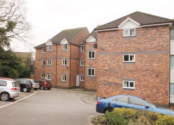 Thumbnail 2 bedroom flat to rent in Millers Rise, St.Albans