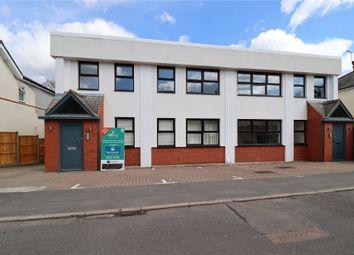 Copse Road, Woking, Surrey GU21. 2 bed flat for sale