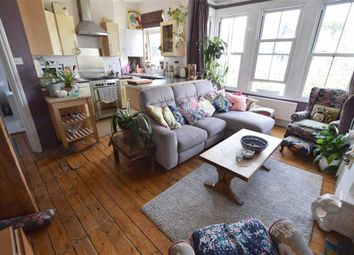 Thumbnail 2 bed flat to rent in Alexandra Park Road, Muswell Hill, London
