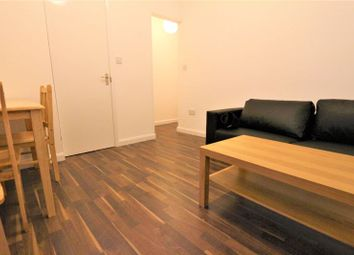 3 bed flat to rent in Whittington Road, London N22
