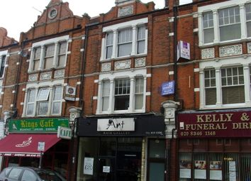 Thumbnail 2 bed flat to rent in Hendon Lane, Finchley, London, 1