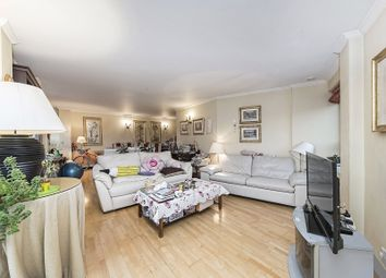 Thumbnail 3 bedroom flat for sale in High Holborn, London