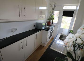 Thumbnail Studio to rent in Philip Avenue, Romford, Essex