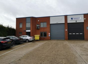 Thumbnail Warehouse to let in Mundells Industrial Estate, Welwyn Garden City