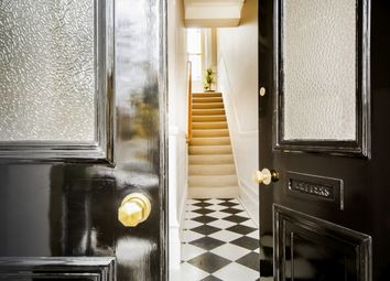 Thumbnail 2 bed flat to rent in Top Floor Flat, Eliot Park, Lewisham