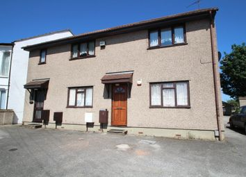 Thumbnail 2 bedroom flat for sale in Milton Close, Southend-On-Sea