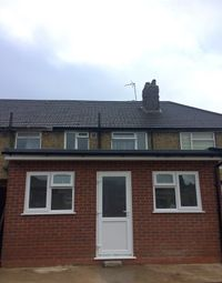 Thumbnail Studio to rent in Byron Avenue, Hounslow