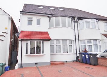 Thumbnail 3 bed flat to rent in Highfield Avenue, Golders Green