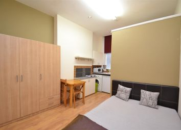 Thumbnail Property to rent in Shepherds Bush Road, Hammersmith