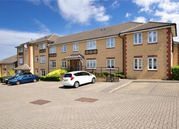 Herent Drive, Clayhall, Ilford, Essex IG5. 2 bed flat
