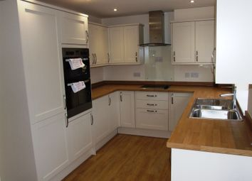 Thumbnail 3 bed cottage to rent in Plaistow Road, Ifold