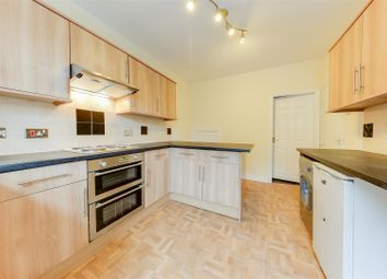 Thumbnail 2 bed flat to rent in Bacup Road, Waterfoot, Rossendale