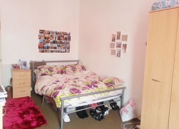 Thumbnail 3 bed flat to rent in Glynrhondda Street, Cathays, Cardiff