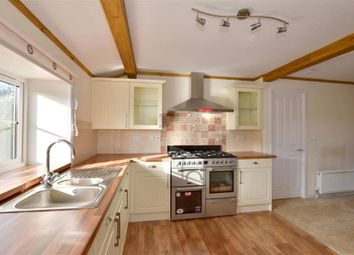 Thumbnail 2 bedroom mobile/park home for sale in Newbridge Park, Paddock Wood, Tonbridge, Kent
