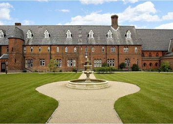 Thumbnail 2 bed flat for sale in Hatch Lane, Windsor