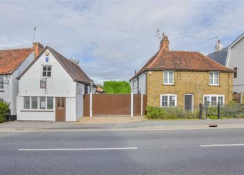 Thumbnail 4 bed detached house for sale in Harlow Road, Roydon, Essex